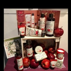 Yves Rocher Red Apple Kit