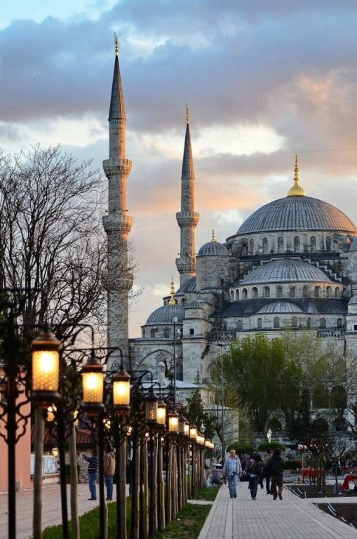 Sultanahmet Mosque (Blue Mosque) Picture, Istanbul, Turkey